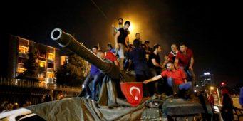 Кто же на самом деле стоит за попыткой переворота?