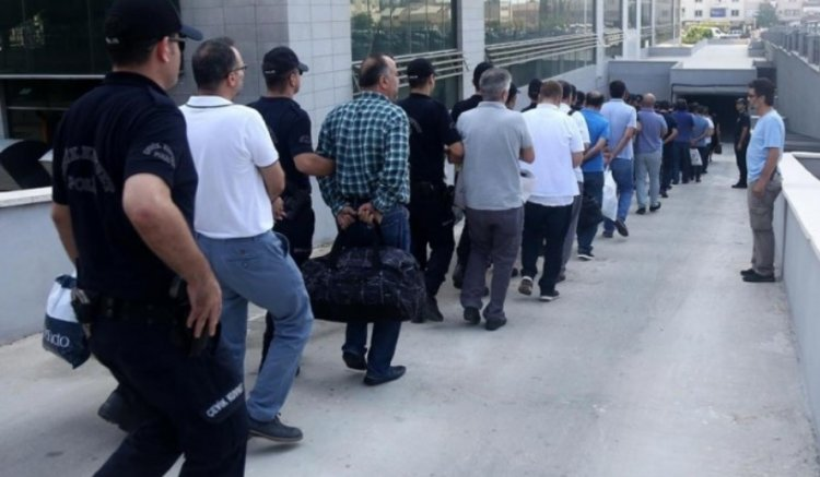 Минюст отчитался: В тюрьмах содержится 40 тысяч человек, связанных с движением Гюлена, 10 тысяч – с РПК, 1 тысяча – сИГИЛ
