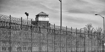 Турецкие тюрьмы переполнены на 27 тысяч человек