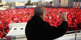 Эрдоган использует вторжение в Сирию для подавления оппозиции в Турции