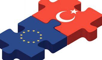 Большинство турок считают, что Европа хочет разделить Турцию