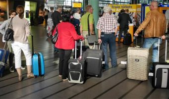 Ваши данные незаконно копируются: Нидерланды рекомендовали своим гражданам удалять со смартфонов и ноутбуков личные данные при поездках в Турцию