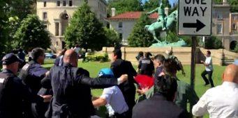 В США осудили двух мужчин, избивавших протестующих во время визита Эрдогана