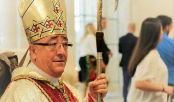Католический епископ Косова о турецких учителях: Мы предали и не смогли вас защитить, простите