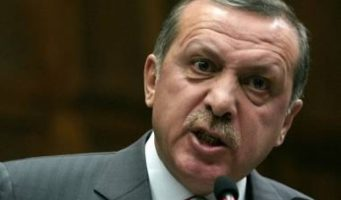 «Вместо того, чтобы злится на бизнесменов, которые вывели средства за рубеж, Эрдогану стоило бы взглянуть на своих детей»