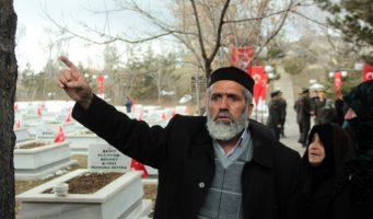 Отец погибшего при событиях 15 июля полицейского обвинил власти в организации переворота