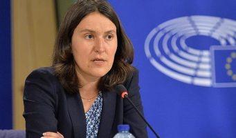 Докладчик Европарламента по Турции: Остается ждать сдержит ли Эрдоган обещания отменить режим ЧП и вернуть верховенство закона