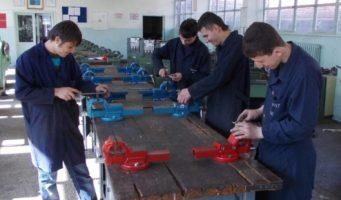 Профессионально-техническое образование Турции: 20 тысяч выпускников не могут найти работу