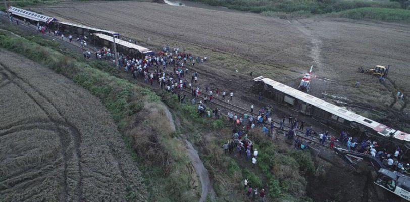 Катастрофа с поездом в Текирдаге: Тендер на обслуживание путей не состоялся из-за отсутствия денег