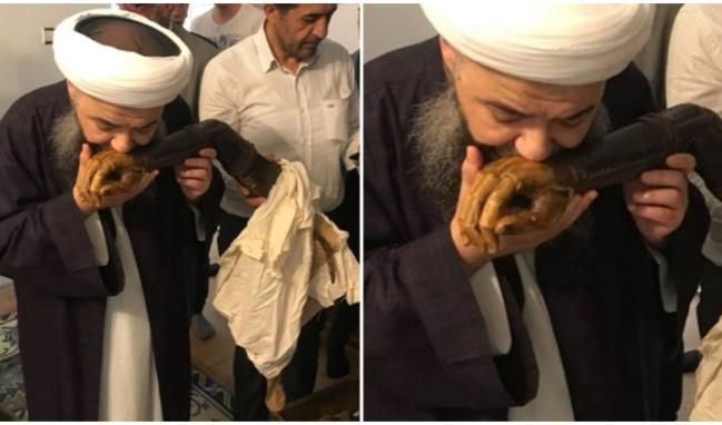 Турецкий шейх поцеловал протез руки. Пользователям не понравилось