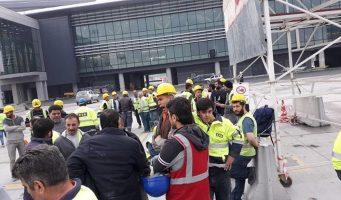 За неделю до открытия нового аэропорта в Стамбуле строители устроили сидячий протест из-за долгов по зарплате