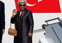 Жена президента Турции отправилась в зарубежную поездку с сумочкой в 35 тысяч долларов