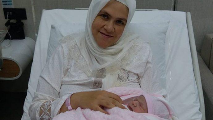 В тюрьму заключили мать и 25-дневного ребенка