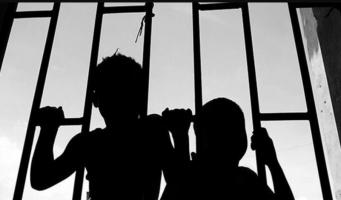 Почему дети в тюрьме: шокирующая правда о Турции