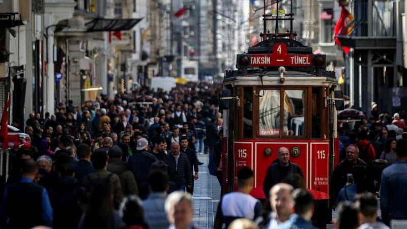 Турки стали больше боятся экономического кризиса, чем терроризм
