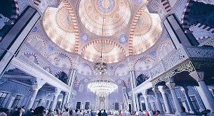 Муниципалитет продает мечети для покрытия долгов