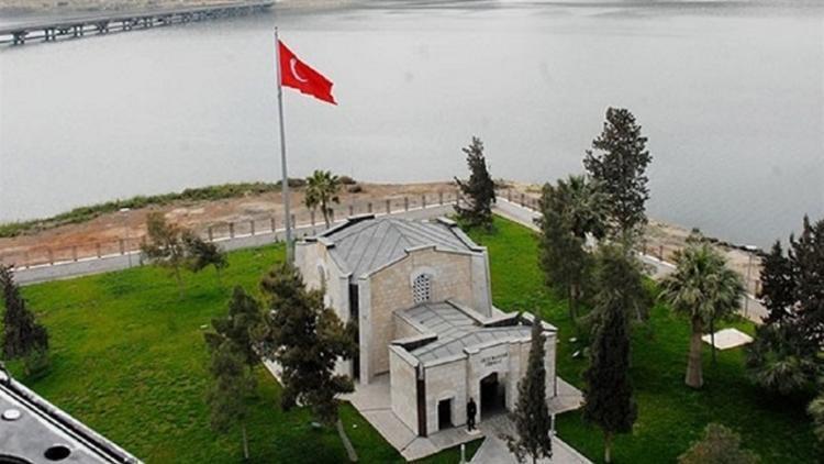 Турция планирует провести операцию по переносу гробницы прародителя османского государства на старое место