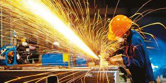 Реальная картина кризиса: Промышленное производство упало на 9,8%