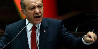 Отец и дочь подали друг на друга иски за оскорбления Эрдогана
