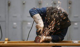 Индекс промышленного производства Турции снижается шестой месяц подряд