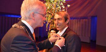 Последователь движения Хизмет удостоен Королевского ордена Нидерландов