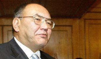 Бывший глава МИД Киргизии потребовал от турецкого посла денежную компенсацию