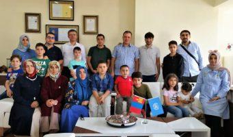 Турецкие учителя в Монголии переехали в Канаду под защитой ООН