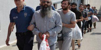 Система правосудия, бросившая в тюрьмы невинных детей, шесть раз отпускала подозреваемого в терроризме, собиравшего дань