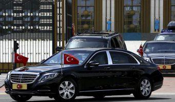 Экономический кризис люксовой жизни не помеха: Эрдоган приобрел дорогостоящие бронированные «мерседесы»