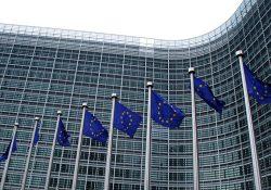 ЕС обсудит ответ на действия Турции в Сирии, возможны санкции