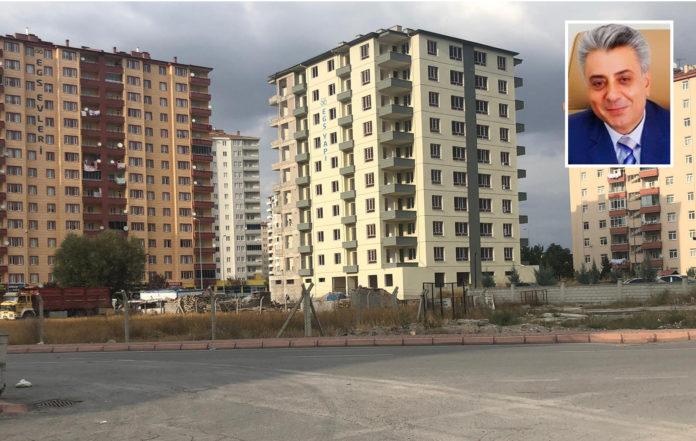 Чиновник ПСР подделал документы и построил 10-этажное здание на чужом участке