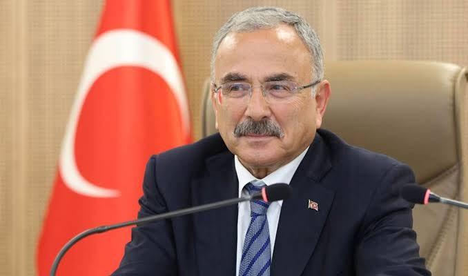 Все ради страны. Зарплата чиновника ПСР составляет 43 тысячи долларов