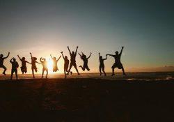 Турция теряет позиции во всемирном рейтинге счастья