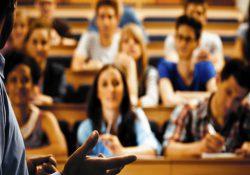 Турецкая молодежь стала больше отказываться от завершения образования