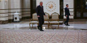 Эрдоган похвастался ковром местного производства