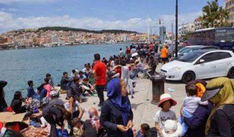 730 человек бежали на лодках за три дня из Турции на греческие острова