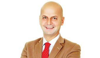 Ведущий проправительственного телеканала предложил забросать гранатами газету Cumhuriyet