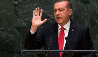 Эрдоган угрожает Европе мигрантами и отказывается закрыть границы