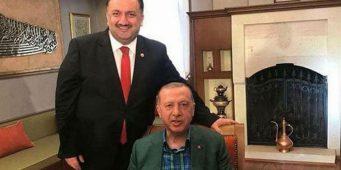 Заочные похороны для бывшего соратника Эрдогана, перешедшего на сторону Бабаджана