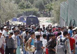 New York Times: Турция делает шаг назад. Беженцев возвращают в Стамбул на автобусах