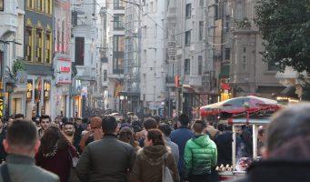 Коронавирус может распространиться на 60% населения Турции