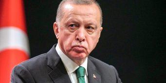 Недовольство граждан растет. Звучат призывы к отставке правительства Эрдогана