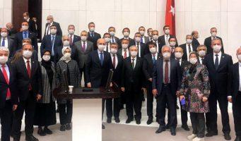 Правительственным партиям ПСР и ПНД напомнили об участи Саддама Хусейна