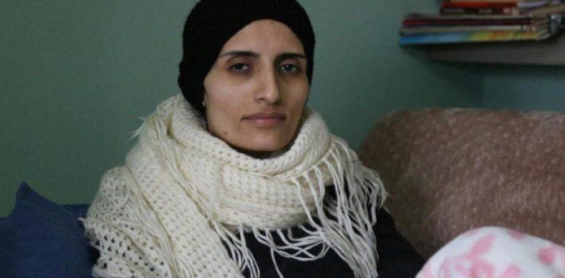 После 288 дней протестной голодовки умерла турецкая активистка Хелин Болек