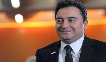 Бабаджан намекнул на досрочные выборы: Система не выдержит до 2023 года