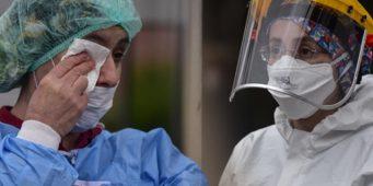 Министерство здравоохранения Турции распорядилось «скрывать» данные по COVID-19
