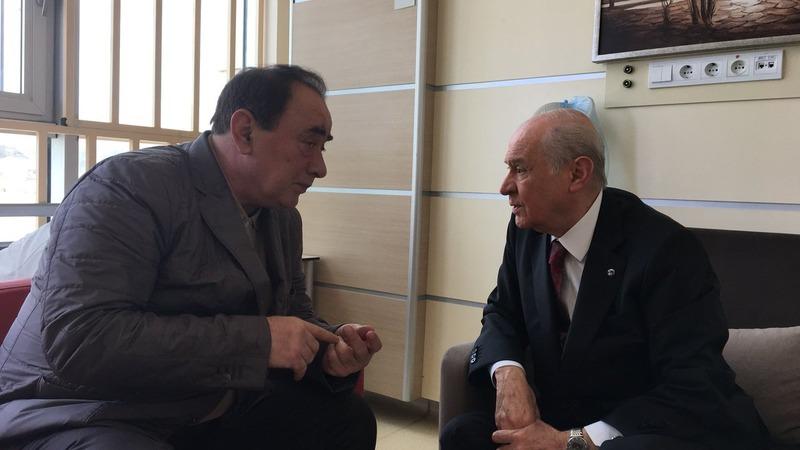 В Турции мафиози Чакыджи встретился с лидером националистов после освобождения из тюрьмы