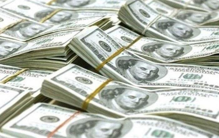 Власти Турции потратили 2 млрд. долларов чтобы удержать падение лиры