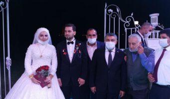 Чиновники из ПСР нарушили предписания по COVID-19 на свадебной церемонии сына депутата