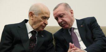 «Народный альянс» рушится, ПСР и ПНД могут потерять власть над шести муниципалитетами